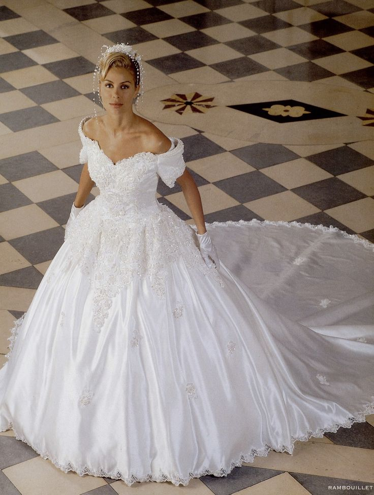 55 best Bridal Gowns of the 1990's images on Pinterest ...