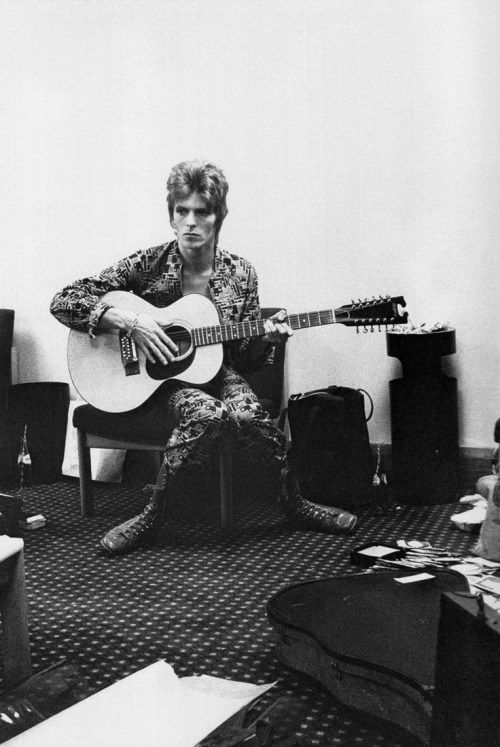 """Don't Forget the Songs-365: Mach Tres: Day 257 Fri. Nov 14, 2013 """"Cygnet Committee"""" David Bowie 1969 """"♫ I want to Live ♫"""" One of the most underrated songs on his 1969 debut album David Bowie, also …"""