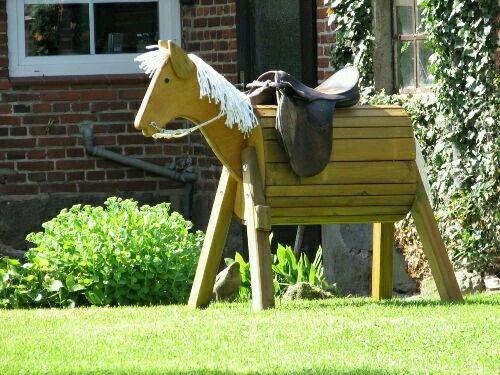 Voltigierpferd Holz Bauanleitung ~   Holzpferd Garten no Pinterest  Holzpferd, Voltigierpferd e Marcenaria