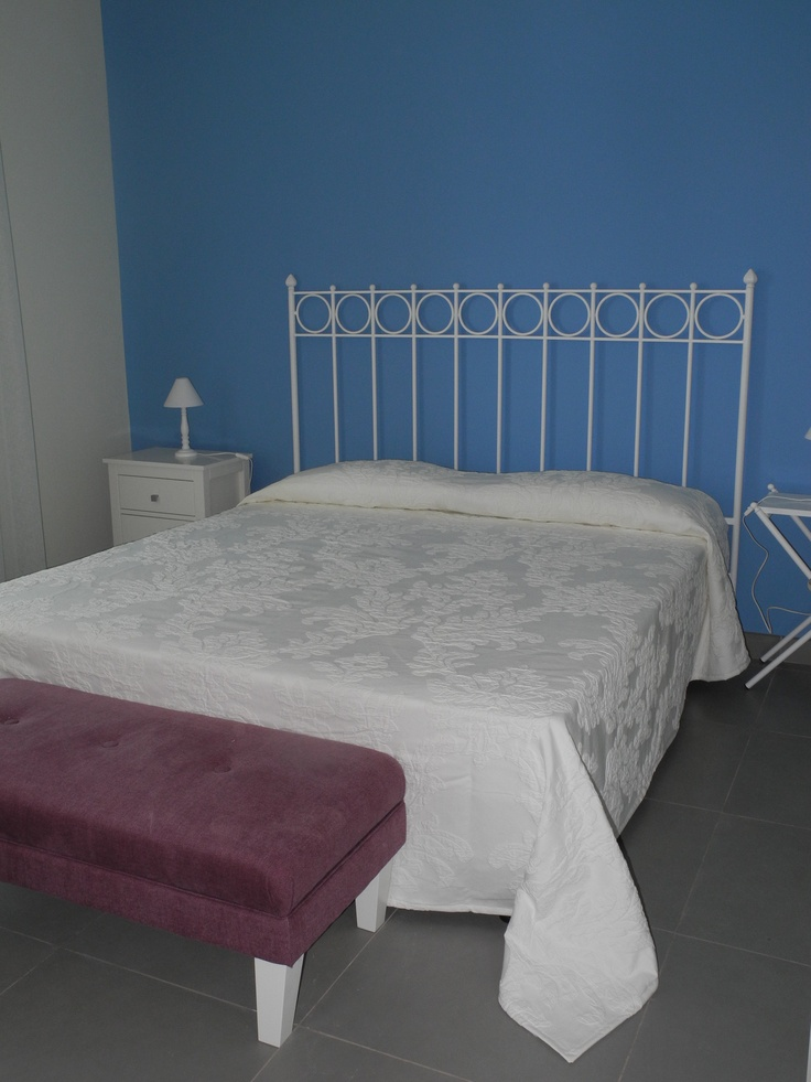 Oltre 25 fantastiche idee su Testata del letto in legno su Pinterest  Testiera in legno di ...