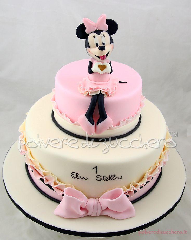Torta decorata per il primo compleanno di una bimba con Minnie Disney tridimensionale in pasta di zucchero