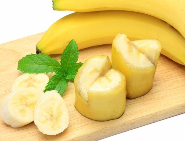 A banana é uma das frutas frescas mais consumidas no Brasil. O país produz cerca de 600 mil toneladas por ano, segundo o Ministério da Agricultura. Popular...
