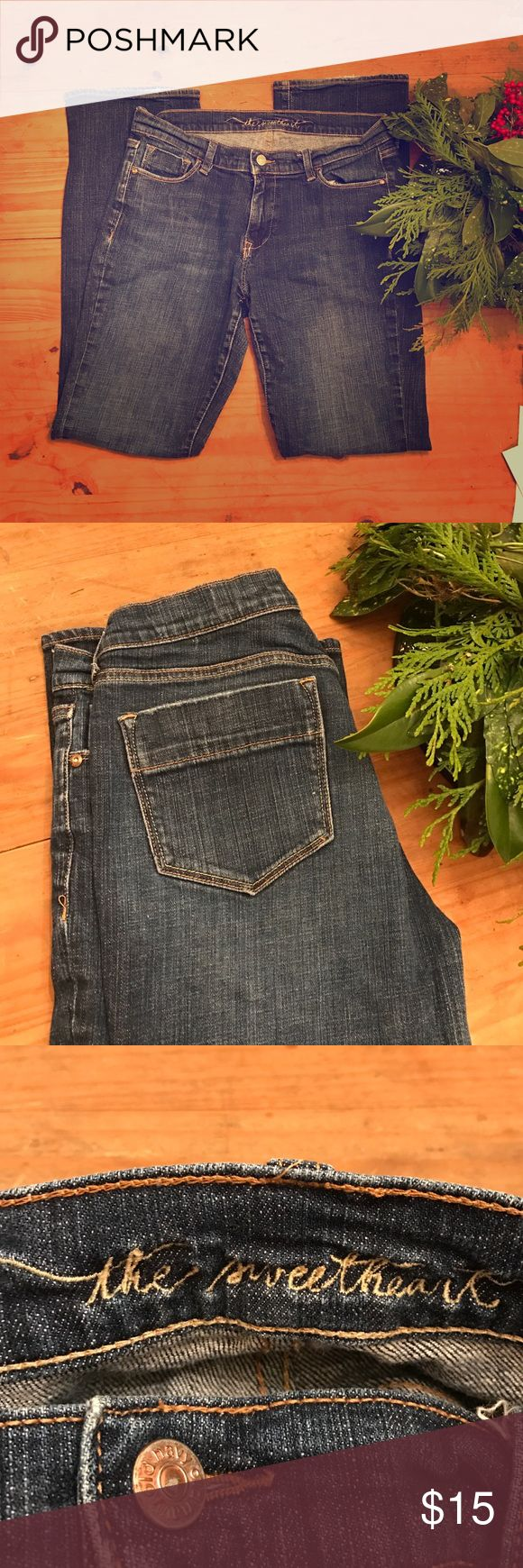 """Old Navy """"the sweetheart"""" jeans. Old Navy """"the sweetheart"""" jeans. Size 10 long. Classic-rise, boot-cut, stretch. 99% cotton, 1% spandex. Great condition. A tiny bit of jean ware on back-side of the bottom of pant. (Shown in first picture). Old Navy Jeans Boot Cut"""