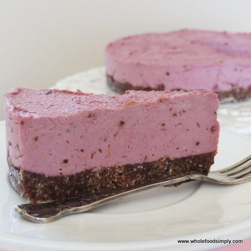 Raspberry Cheesecake with Chocolate Crust #WholefoodSimply