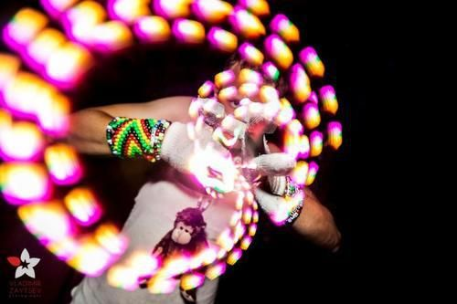 Learn how to use rave gloves