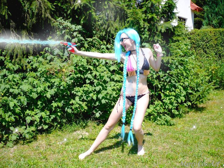 Pool Party Jinx (League of Legends) cosplay by Martush