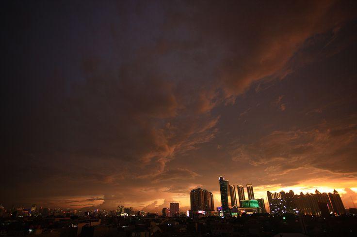 Jakarta 06.00 PM