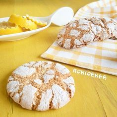 LiMONLU KURABiYE      Selam nasıl güzel nasıl ferah,   tam bir yaz kurabiyesi tarifi vereceğim.    Sadece üç malzeme ile      çok lezze...
