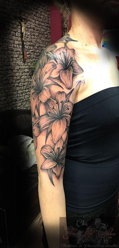 #forlifecolor #inked #tattoochris #christattoo #tattooraubling #ink #instatattoo #nofilter #instagood #tats #flowertattoo #lilientattoo #girlstattoo #blackandgreytattoo #tattoo #inkstagram #tattoodesign #tattooartist #tattoo #tattoos #tattoostyle #tattooidea #tattoolife #tattoolovers #tattooart #tattooed