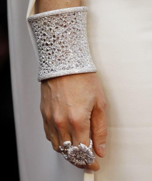 the diamond 'winter cuff' by anna hu, worn by gwenyth paltrow at the 2012 oscars