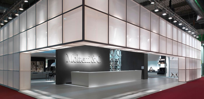 MolteniC stand entrance