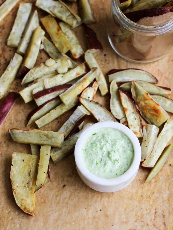 Sweet Potato Fries & Garlic Scape Aioli (Vegan & Gluten-free) apolloandluna.com