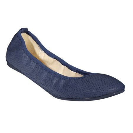 WantedShoes.com - Lario. SO comfy! Like wearing slippers.