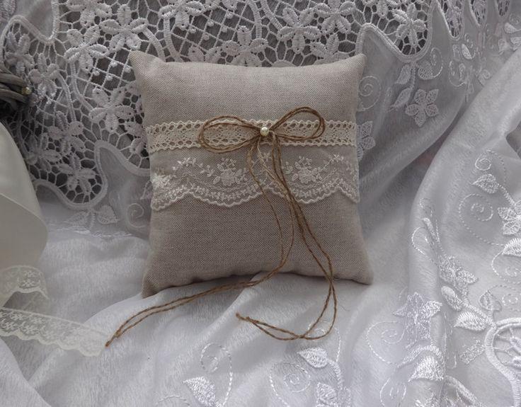 Vintage+Ringkissen+Hochzeit+Hochzeitskissen+von+Hochzeit-Shop+auf+DaWanda.com