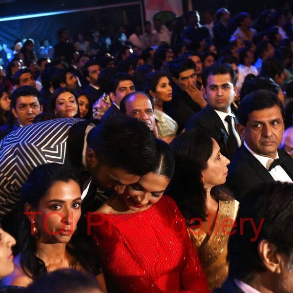 DeepVeer ♥ ♥ ♥ ♥ ♥♥ ♥ #FilmfareAwards