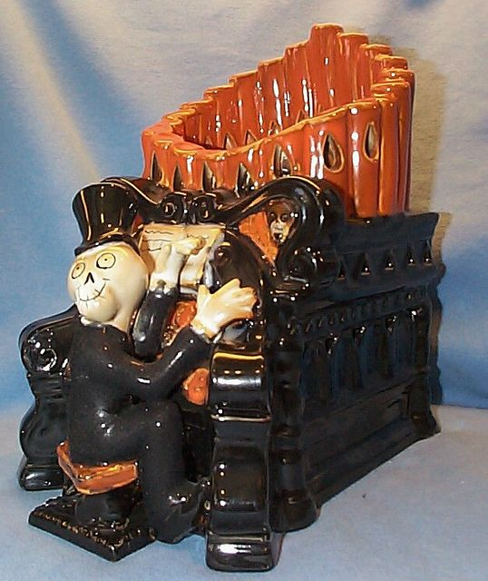 "Boney Bunch 2009 ""Maestro"" Organ Player Tart Warmer 