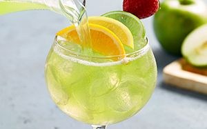 Green apple moscato sangria tried this at olive garden - Olive garden green apple sangria ...