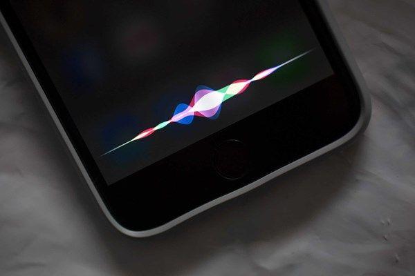 A Apple quer acessar seus dados pessoais do iCloud para aprimorar a Siri