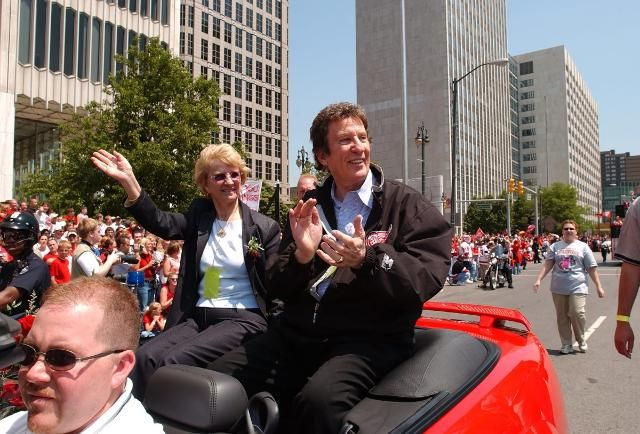 Billionaire Mike Ilitch, Founder of Little Caesars Pizza Chain, Dies At Age 87