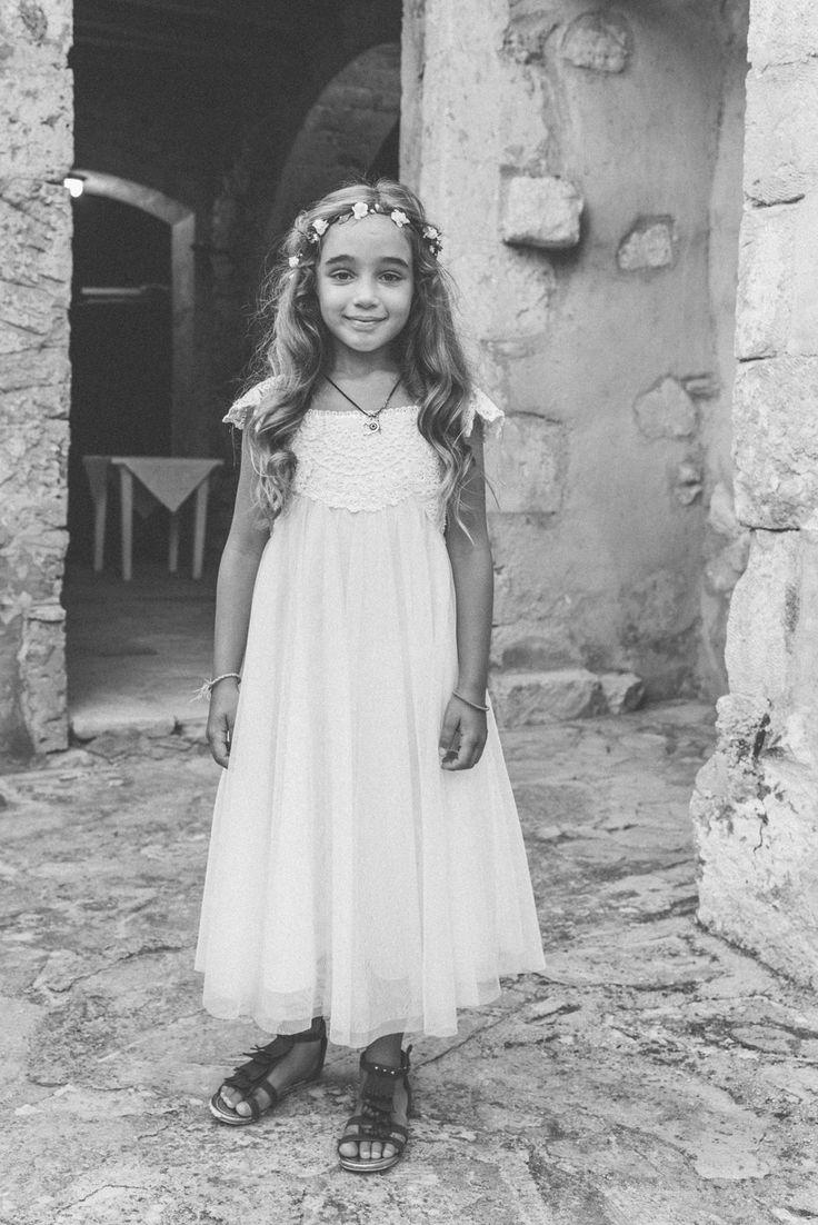 Bohemian Flower Girl. Wedding in Crete, in Vafes. Photography by paulinaweddings.com