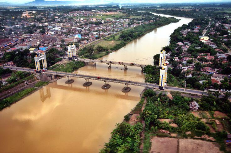 Sungai Jene Berang, Jambatang Kambara, Gowa, Makassar, Sulawesi selatan, Indonesis