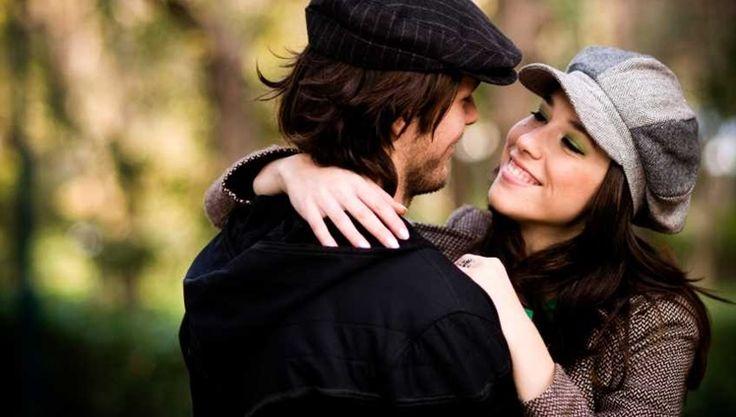 """Olhe bem para a sua mulher.Não importa se é sua esposa, sua namorada, apenas uma """"ficante"""" ou um caso não assumido.No momento que ela está contigo, ela é sua mulher. Os momentos seguintes e os passados não importam, se ela escolheu você hoje, está com você agora, então hoje ela é sua, acredite. Mulher raramente fica com um homem apenas para """"passar tempo"""". A gente mata nosso tempo livre com as amigas, indo ao shopping e manicure, a gente se vira bem sozinha, segura a onda, se estamos com…"""