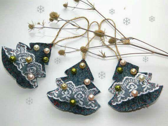 Spijkerstof kerstboompjes