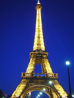Teach Your Children About Parisian Monuments Art And French Culture With These Free Printable Paris CraftsEiffel Tower