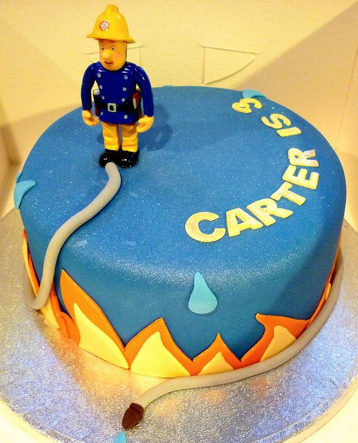 2) Simple round cake with fire effect border, Sam in this case is a plastic figurine