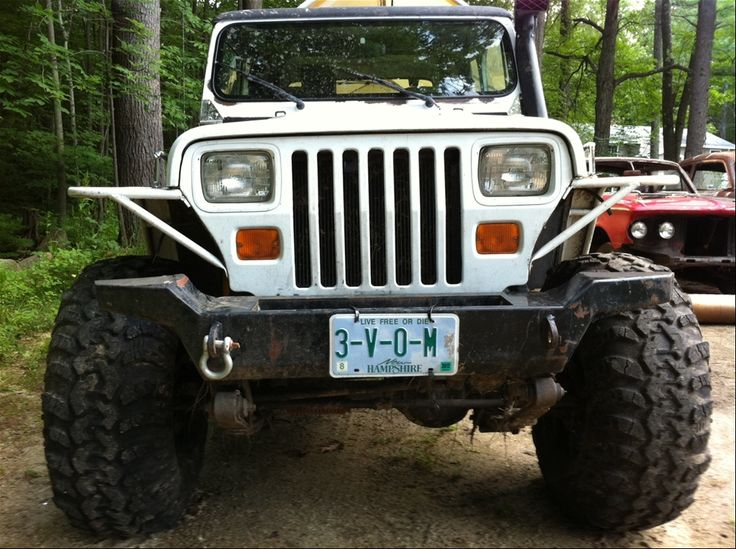 1994 Jeep Wrangler Reviews - http://www.daniilmove.com/2015-07-11/1994-jeep-wrangler-reviews.html : #Jeep 1994 Jeep Wrangler – The manual transmissions' slave cylinder was moved outside of bellhousing for easier replacement, the Dana 30 larger U-joints in 1995 were used. The 1992 model year, the Jeep Wrangler was switched over to an outmoding the cable speedos and electronic speedometer on older YJs...