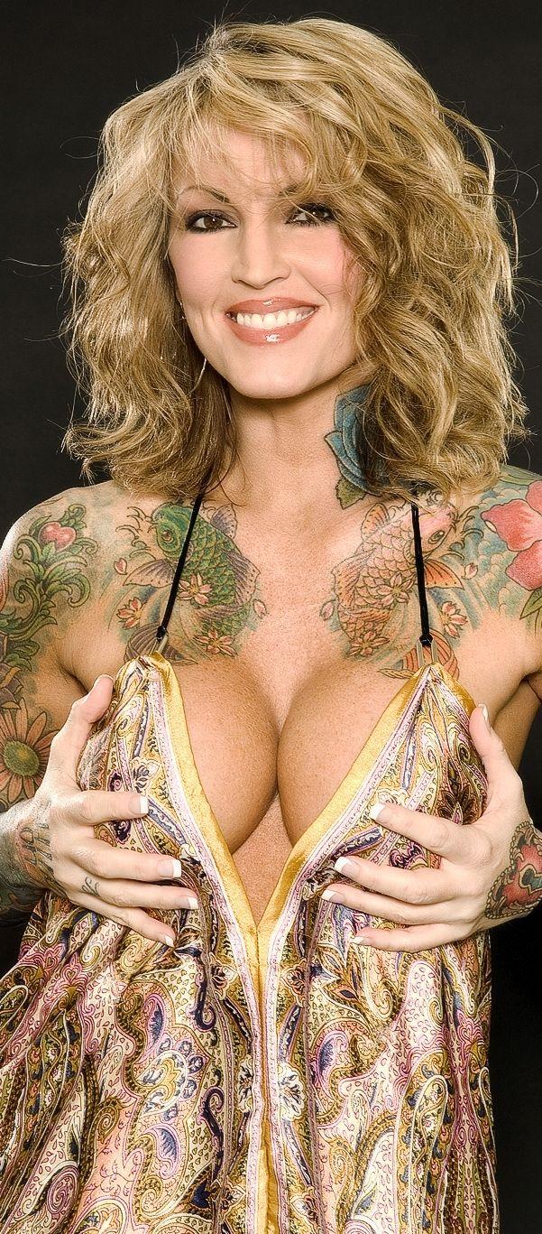 Christina aguilera nude fakes orgasm