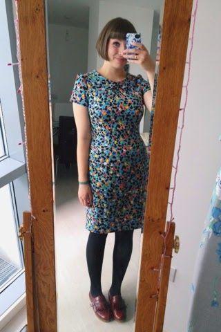 Megan dress with peter pan collar