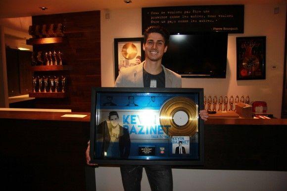Kevin Bazinet - Un premier disque d'or pour son album Talk to Me   HollywoodPQ.com