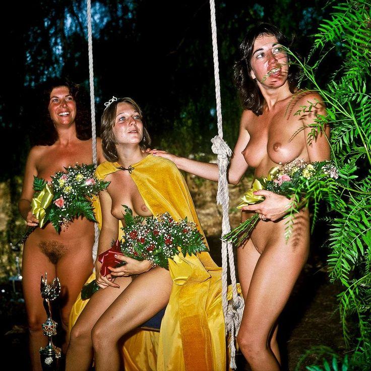 Desi nude girl pics