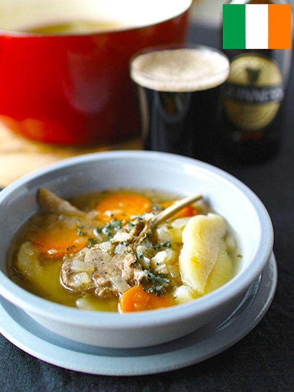 Recipe : アイリッシュ・シチュー(アイルランド)/鍋に重ねて煮るだけ、パブの定番メニュー。荷くずれたじゃがいものとろみがおいしいアイルランドの郷土料理