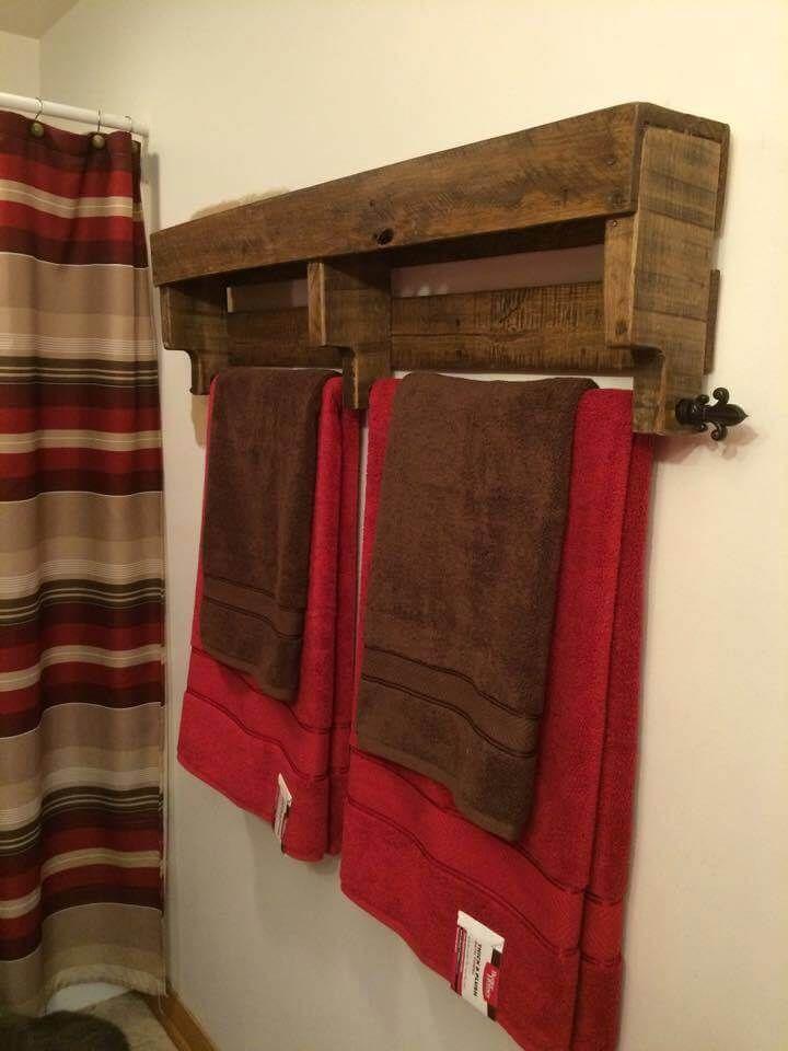 Best 25 Pallet Towel Rack Ideas On Pinterest Rustic