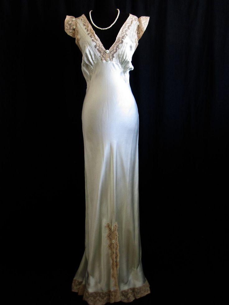 Vintage 1930 authentic art deco bias cut wedding gown for Vintage satin wedding dresses