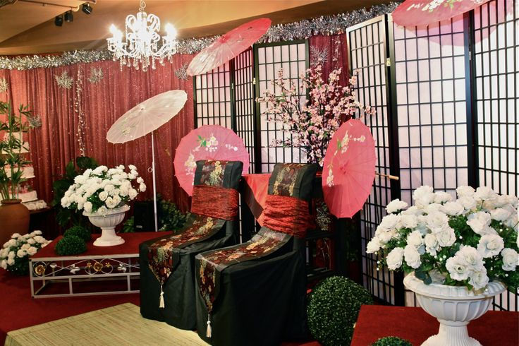 Japanese or chinese themed weddings decorations for the for Asian wedding decoration