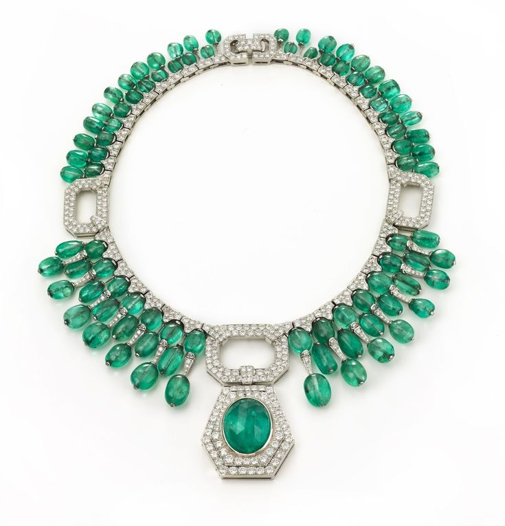 David Webb New York - Oval-cut emerald, tiers of emerald bead drops, brilliant-cut diamonds, and platinum