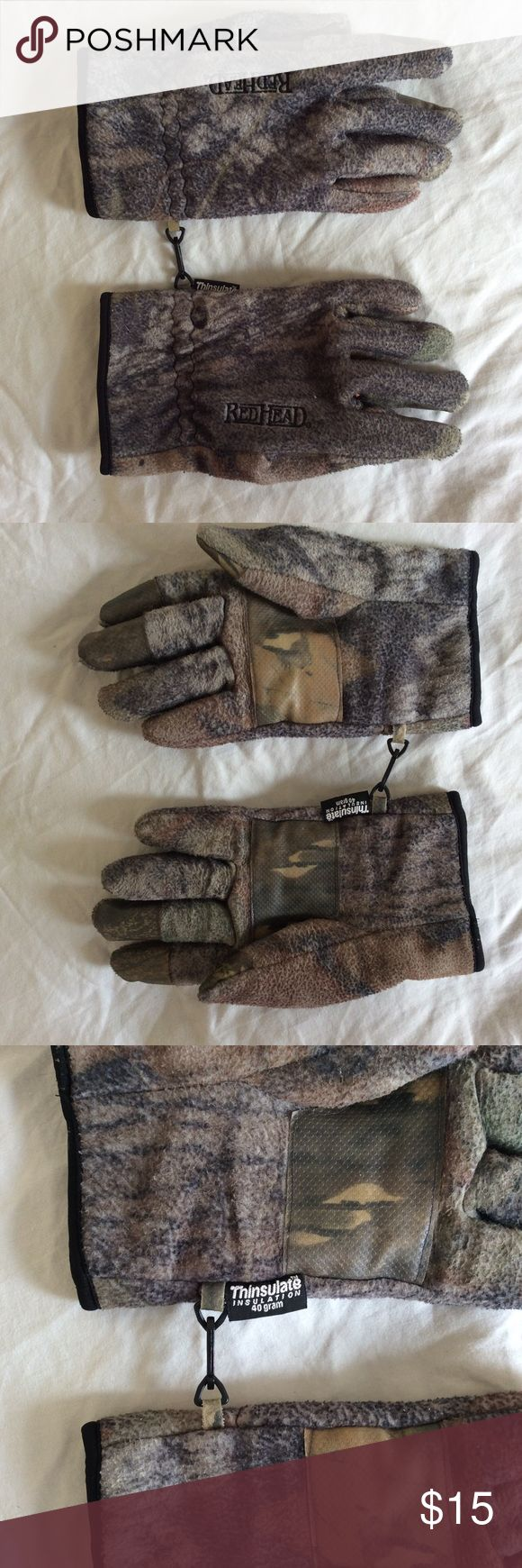 Redhead Camouflage Thinsulate Insulation Gloves Redhead Men's Camouflage Thinsulate Insulation 40 grams   EXCELLENT CONDITION!!!! Gloves are Large, Thinsulate Insulation 40 grams, Redhead logo on front of each glove Redhead Accessories Gloves