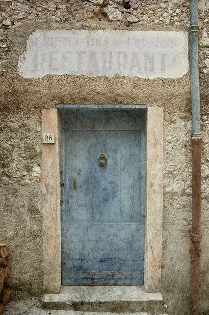 - Provence, the old door