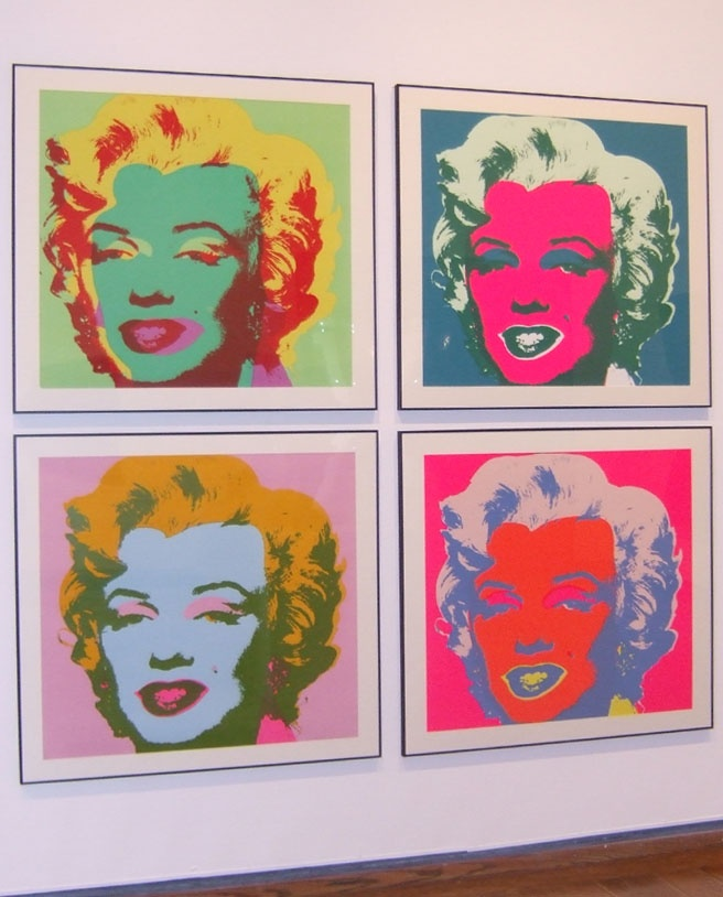 andy warhol's famous marilyn monroe painting Make-up artist paints incredible replica of andy warhol's famous silkscreen painting of marilyn monroe on her lips make-up artist ryan kelly of maryland has gained nearly 50,000 followers on.