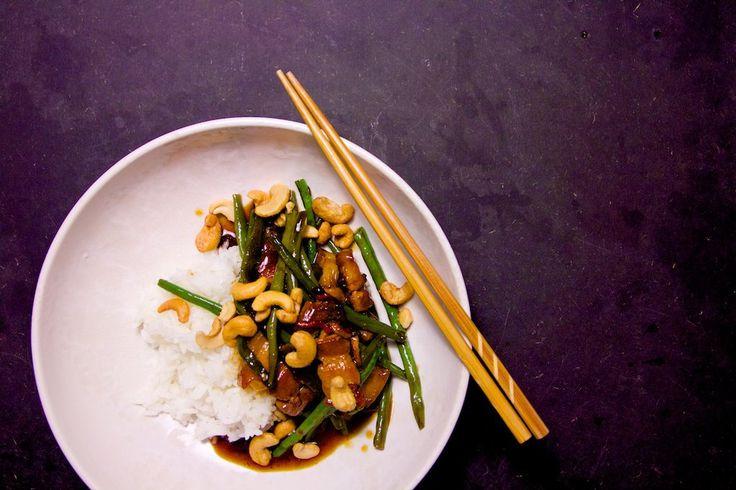 Svinekød med grønne bønner, ingefær og østerssauce. Wannabe asian.