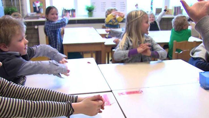 Leer kinderen te ontspannen # Bekijk in minder dan 2 minuten wat Rustmoment in de klas.nl precies is! Meer rust, meer aandacht