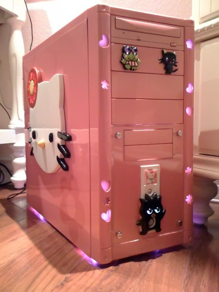 Isabel s Hello Kitty computer case mod    Not my style  but still a cute. 45 best hello kitty images on Pinterest