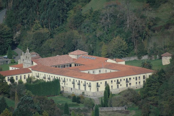El monasterio de Valdedios, Asturias ; Comarca de la sidra ; Villaviciosa , Casa Ines