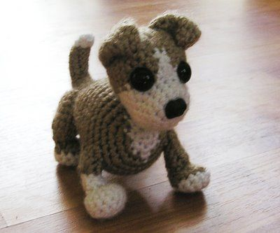 Amigurumi Pitbull Free Pattern   ( I made this in black and white and I changed the ear position so it would resemble a lab. Then I gave this and a little chihuahua ami as a gift for my mom for Mother's Day last year. She loved it!)