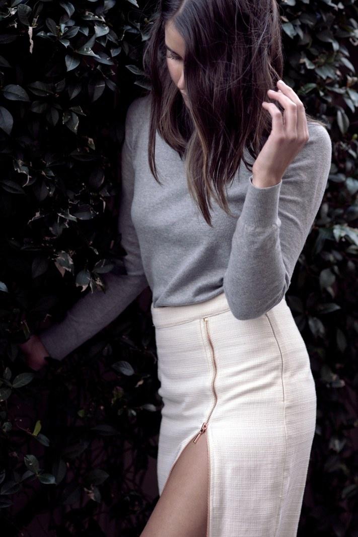 sarah donaldson | maxi skirt #slit: Midi Skirts, Maxi Skirts Slit, Fashion Life, Autumn Wint Style, Eve Skirts, Skirts Mad, Style Pinboard, Covet, Thighs Spy