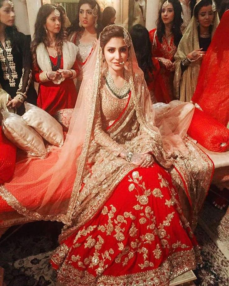 134.2k Likes, 400 Comments @AnushkaSharma in @manishmalhotra #IndianWedding #Lehenga in Red n Gold (@manishmalhotra05) on Instagram, via @sunjayjk
