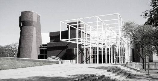ピーター・アイゼンマン / オハイオ州立大学ウェクスナー・センター / 1982-1989